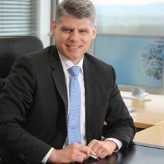 Dr Stefan Spindler